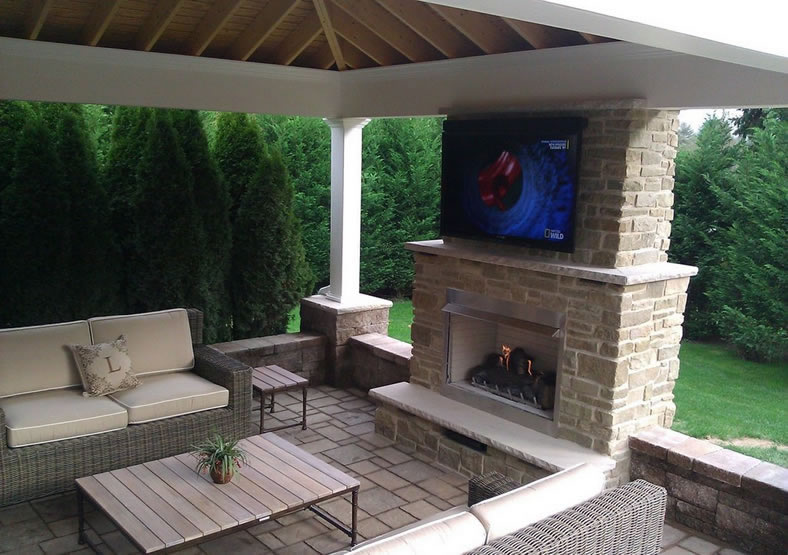 42 Inch Traditional Outdoor Gas Fireplace With Electronic Ignition By White Mountain Hearth.