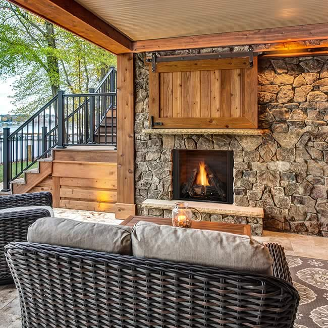 Courtyard Outdoor Fireplace | Fine's Gas
