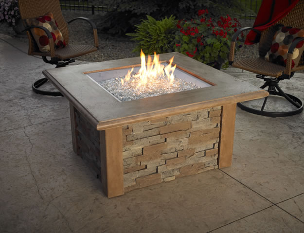 Sierra Gas Fire Pit Table By Outdoor Greatroom Fine S Gas